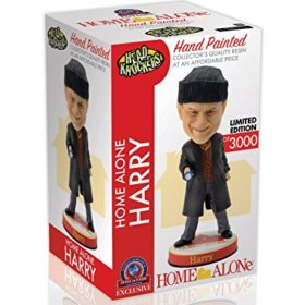 Home-Alone-Kevin-Harry-and-Marv-Limited-Edition-Movie-Bobblehead-Set-Limited-to-Only-50003000-Macaulay-Culkin-Daniel-Stern-and-Joe-Pesci-0-4